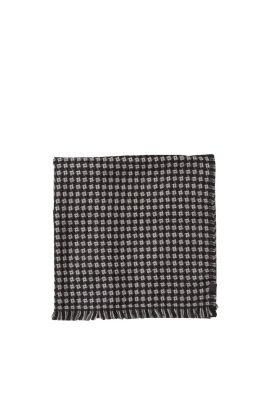 Esprit / Soft woven scarf with a textured pattern