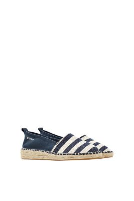 Summery espadrilles with a rubber-coated bast sole