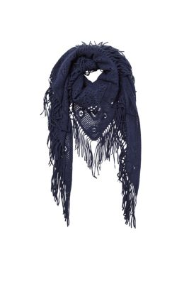 Triangle scarf with fringing in a soft wool look