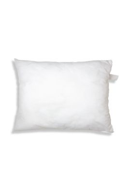 Comfortable lifestyle accessory: shape-retaining polyester pillow